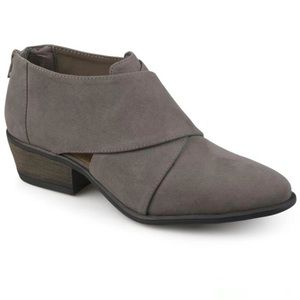 Journee Collection Avryl Crossover Heeled Booties